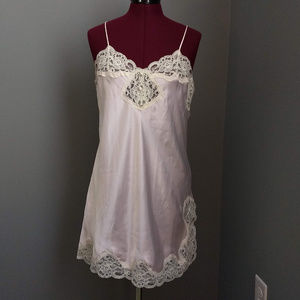 Vintage Go Softly Pale Pink & Cream Lace Nightie